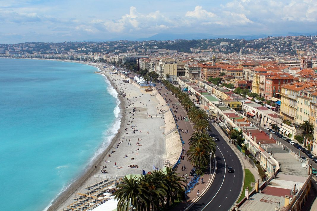 Beach promenade, Nice (France)