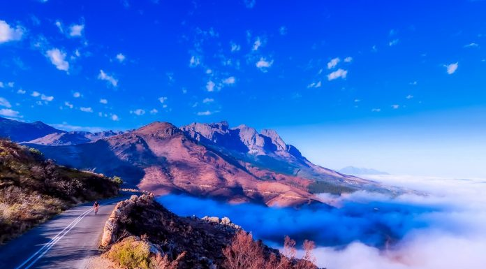 Spectacular view of the mountain ranges on South Africa