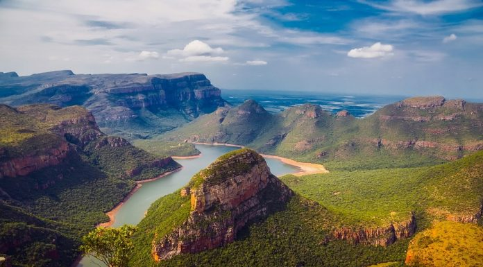 A breath-taking view of Blyde River Canyon
