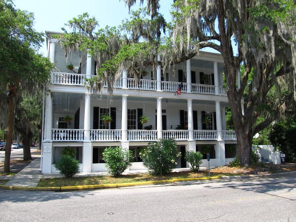 Antebellum Mansion in Beaufort Historic District
