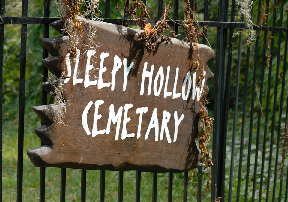 A Gate Sign at Sleepy Hollow Cemetery