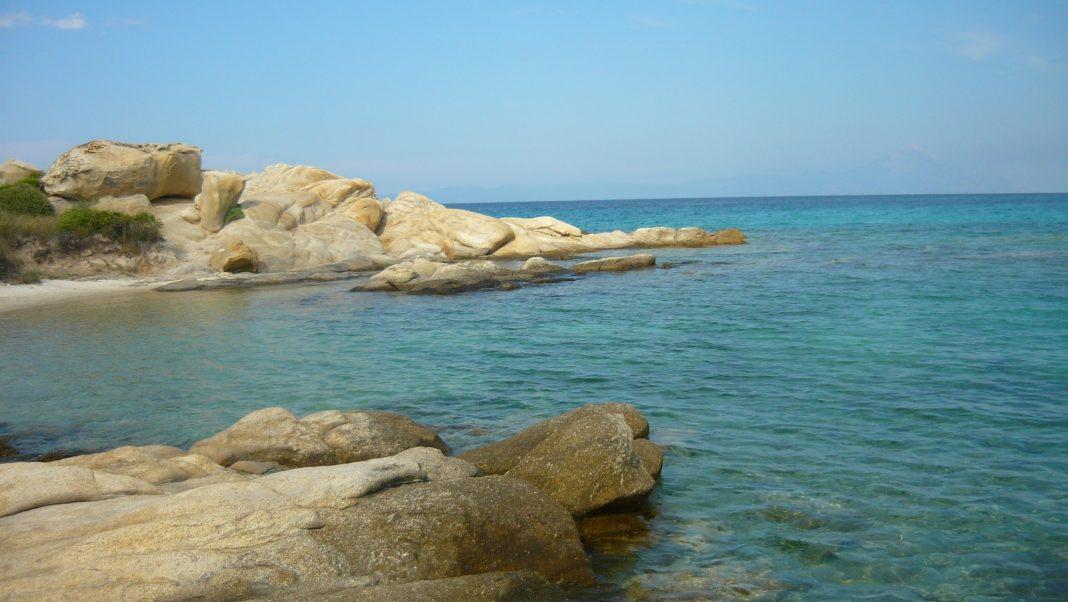 Mouth of the small Karidi Bay