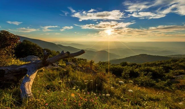 The splendid view of Shenandoah National Park near Harrisonburg