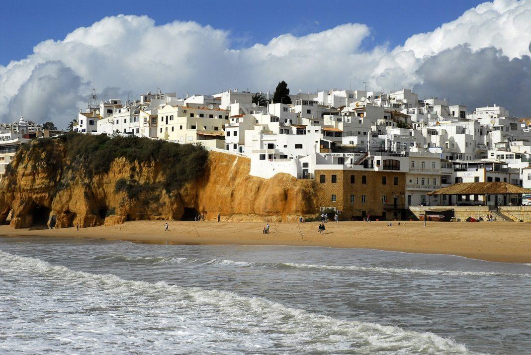 Beach resorts in Portugal